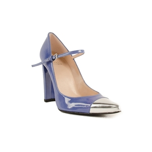 footcandyshoes.com  -  Stuart Weitzman  -  Capsize