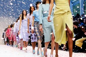 burberry-spring-summer-2014-fashion-show